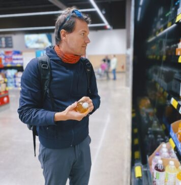 Can I buy shares in Aldi?